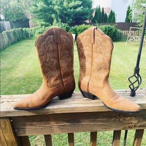 ARIAT Heritage Western J-Toe Cowgirl Boots